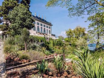 Botanická zahrada na ostrovech Isole di Brissago jezera Lago Maggiore