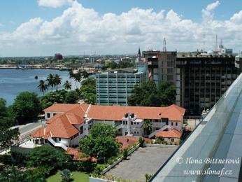 Centrum největšího města Tanzanie DaresSalaamu
