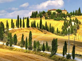 Oblast Chianti představuje typickou toskánskou krajinu