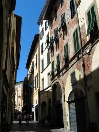 Via Fillungo – nejrušnější ulice Luccy