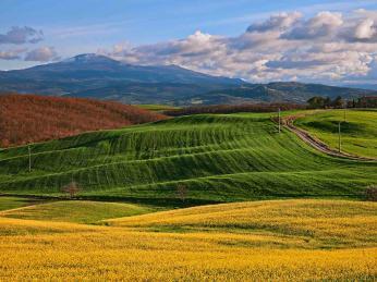 Pohled na vyhaslou sopku Monte Amiata na jihovýchodě Toskánska