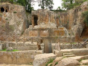 Hildebrandova hrobka etruské nekropole nedaleko Sovany