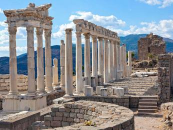 Antické sloupy Pergamonu