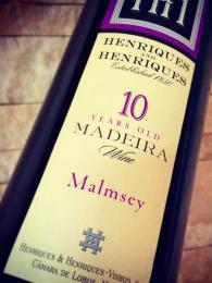 Sladké víno Malmsey se hodí například kdezertům