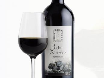 Sladké sherry vzniká ze sladkých hroznů odrůd Pedro Ximénez