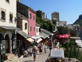 Mostarská ulička Kujundžiluk s bazarem