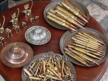 Výrobky znábojnic zválky vsarajevské Baščaršiji