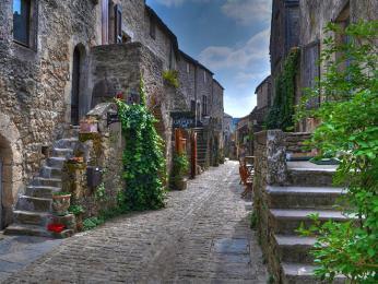 Ve vesničce La Couvertoirade stále panuje středověká atmosféra