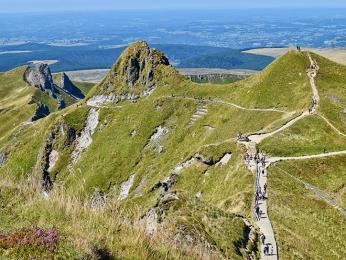 Výhledy pod vrcholem vyhaslé sopky Puy de Sancy