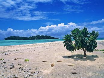 Pláže v odlehlejších částech Madagaskaru zejí prázdnotou