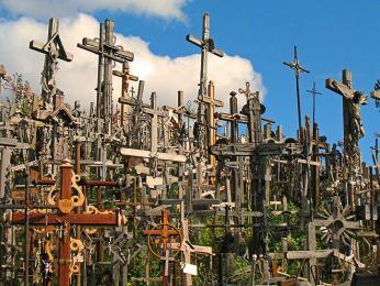 Poutní Hora křížů v Litvě