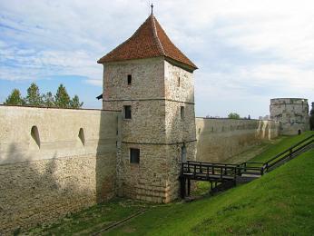 Městské hradby byly postaveny na obranu Brašova v15.století