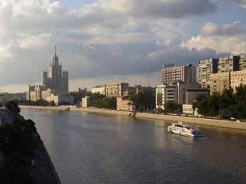 Centrem Moskvy protéká stejnojmenná řeka
