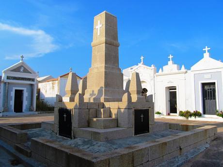 Námořní hřbitov v Bonifaciu