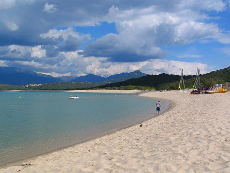 Pláž Portigliolo v zálivu Valinco