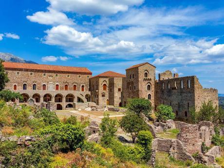 V Mystře najdeme nespočet neobydlených paláců, kostelů a klášterů