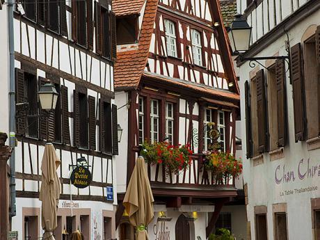 Detail hrázděných domků ve štrasburské čtvrti Petite France