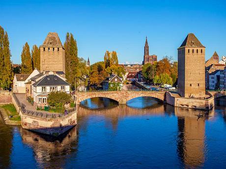 Dřevěné mosty tzv. Pont Couverts byly hojně využívány tehdejšími obyvateli