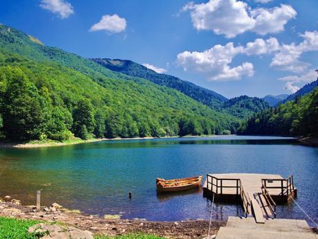 Ledovcové jezero vnárodním parku Biogradska Gora