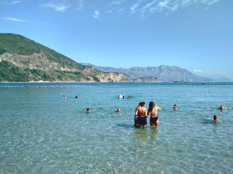 Černohorské pláže patří ktěm nejkrásnějším u Jadranského moře