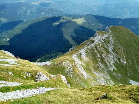Vápencový hřebínek v pohoří Komovi