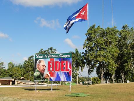 Billboardy oslavující Fidela Castra uvidíte na celé Kubě
