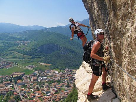 Ferrata Monte Albano nad městem Mori