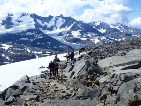 Na túře vnárodním parku Jotunheimen, nejvyšším pohoří Skandinávie
