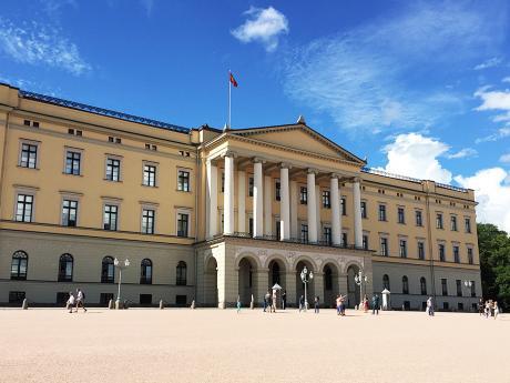 Norský královský palác z19.století nabízí iprovázené prohlídky
