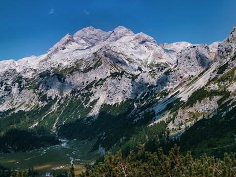 Majestátní Triglav je nejvyšší horou Julských Alp a celého Slovinska