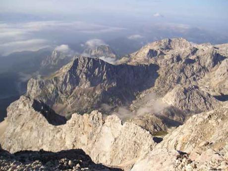 Výstup na Triglav doprovází krásné výhledy