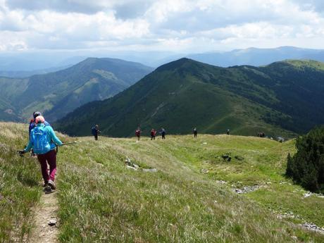 Hřebenové túry Zakarpatskou Ukrajinou nabízí krásné výhledy do okolí